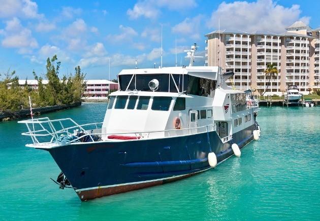 Bahamas Master liveaboard vessel