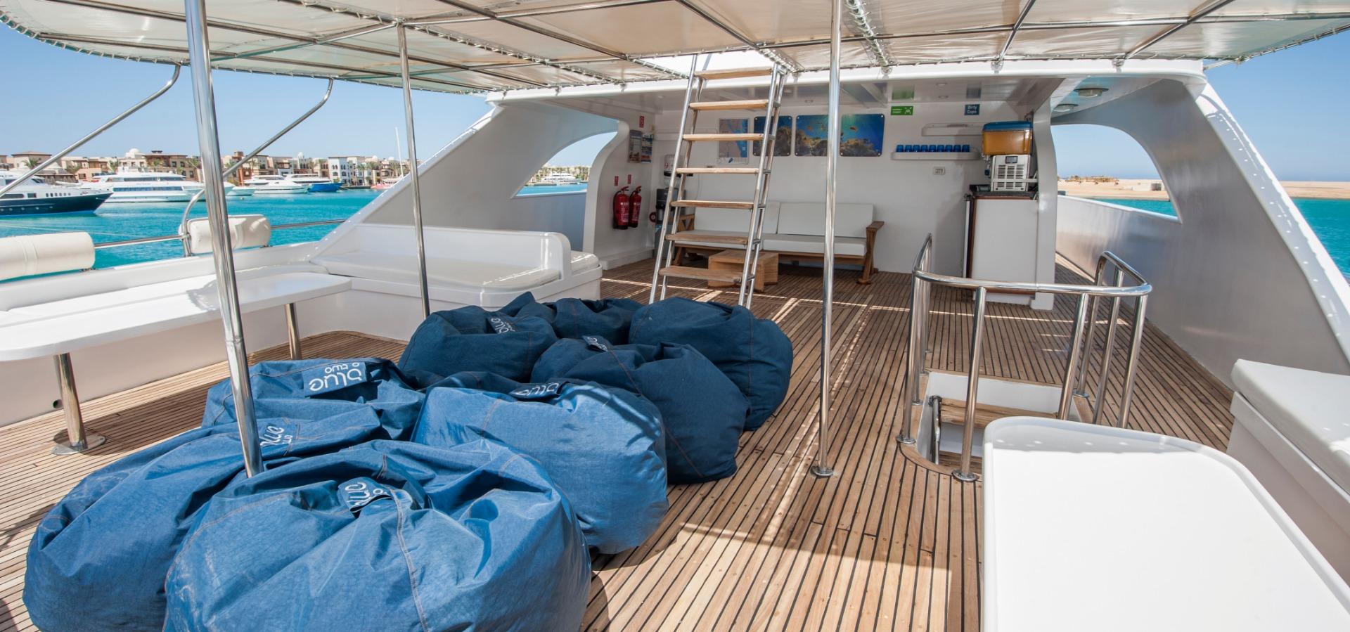 M/Y Red Sea Adventurer rear outside deck