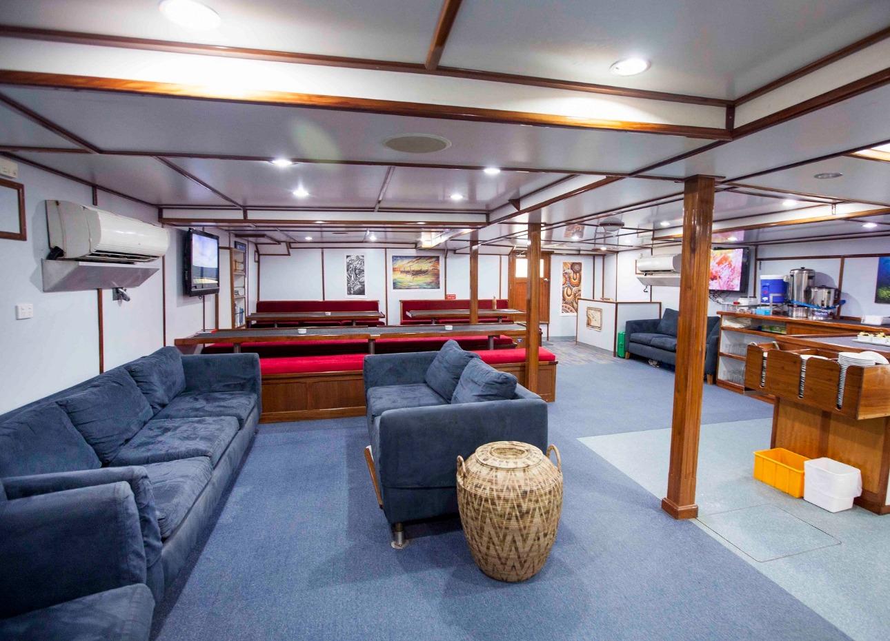 M/V Solomons PNG Master, Lounge image