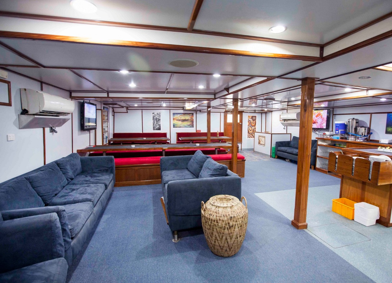 M/V Papa New Guinea, Solomons Master, Lounge Area, image