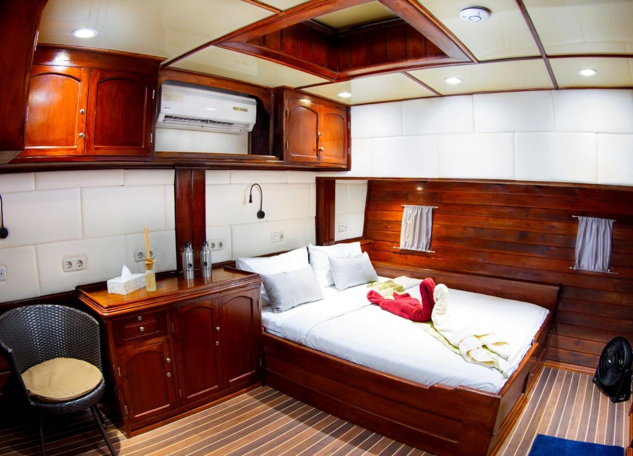 Indo Siren Cabin 5
